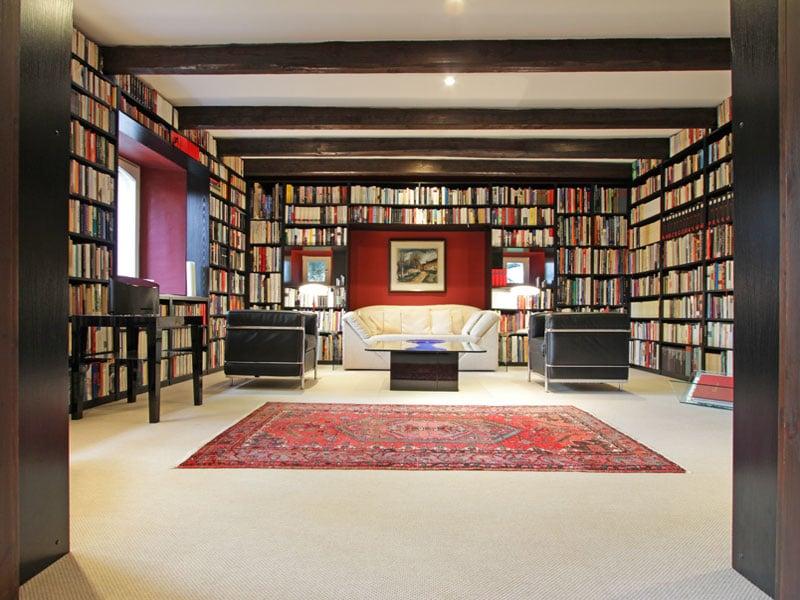 Landsitz in Frankreich Hausbibliothek