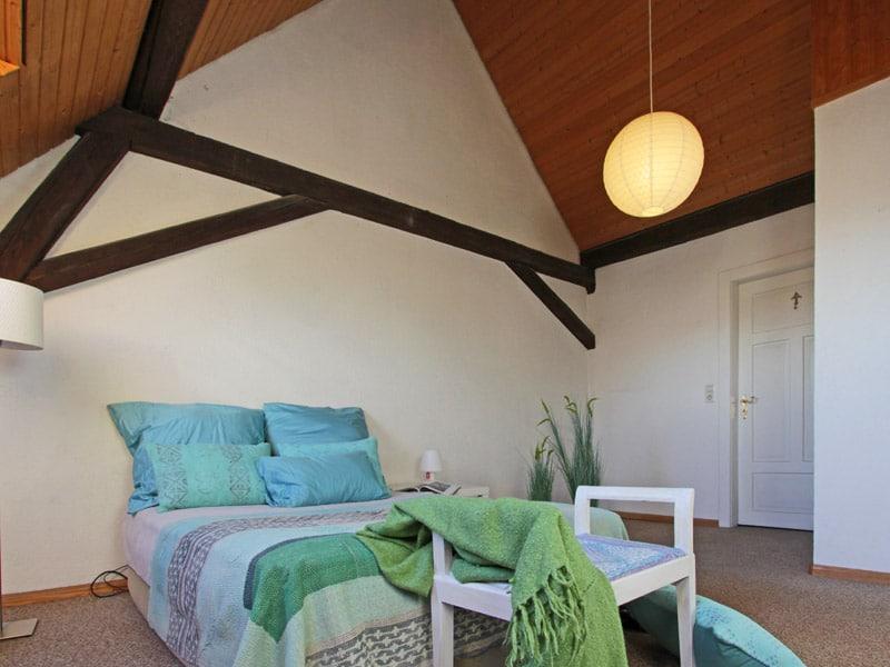 homestaging-altenheim-schlafzimmer